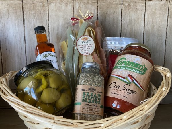 Pasta Basket - Contains 1 – Noisy Water 250ml Garlic Olive Oil 1 – Marella Organic Nastri Pasta 1 – Santa Fe Olive Oil Red Chile Flakes 1 – Lorenozo's Pasta sauce 1 – Noisy Water Greek Isle Dipping herbs 1 – Santa Fe Olive Oil's Stuffed Green Chile Olives